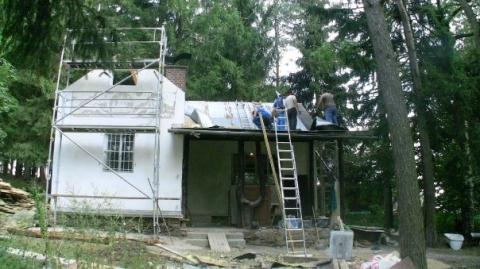 Rekonstrukce 2009 - výměna střechy